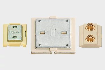 drylin® N low profile guide carriage for linear applications with compact installation space