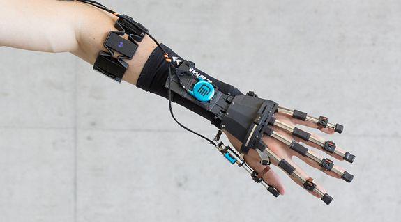 3D-Druck Anwendung: Fingergelenke in einem Exoskelett