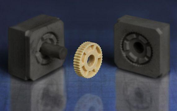 Herramienta de moldeo por inyección para pequeñas series realizadas con moldes de impresión 3D